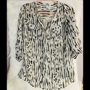 Forever 21  shirt size M
